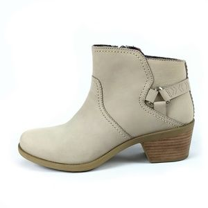 Teva Foxy Taupe Ankle Boots Size 8
